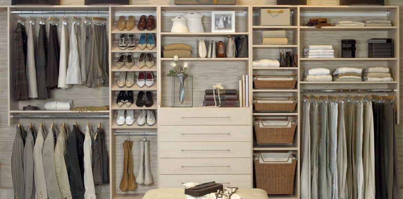 Cambio de armario trucos para guardar la ropa de forma adecuada - Armarios de plastico para ropa ...